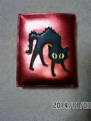 定形外込*SHIN&COMPANY*黒猫ムーンスター赤メタリック財布