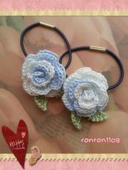 ハンドメイド/手編み♪レース編みお花のヘアゴム2個セット 549