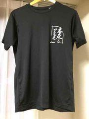 アシックスのTシャツ