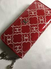 CHANEL☆エナメル赤生地に白刺繍ココロゴ長財布☆美品ノベルティ
