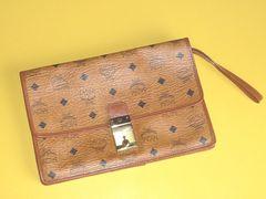 正規品MCM薄いのに多機能なクラッチバッグハンドバッグ鞄レザー牛革