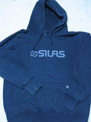 ◆SILAS(サイラス)/フェルトPロゴスウェットパーカー/L/チャコール/シュプイナフバウンティ好に!