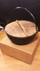 南部鉄の鍋。未使用。