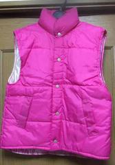 新品☆フリーサイズ XLぐらいピンク中綿入り軽いベスト