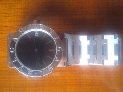 ★正規品ブルガリの腕時計で内外箱付きの超美品です☆