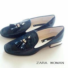 ZARA WOMENタッセルエナメルローファー 紺 23,5cm