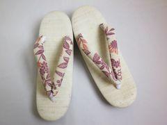 単衣&夏物着物に はんなり亜麻草履ぞうりオフホワイト地紫野花