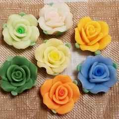 約 2 cm ☆ 7色 計7コ ☆ 樹脂 薔薇