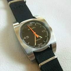 送料無料!電池交換済み!DIESEL ディーゼル メンズ腕時計男性用