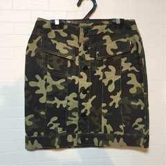 トミーガール 迷彩スカート