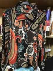 和装花柄襟付き長袖カットソーサイズL