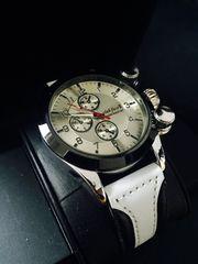 目を引くデザイン♪爽やかな白★メンズ腕時計クラブフェイス