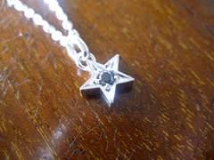 仁尾彫金『一つ星ブラックダイヤペンダント』ハンドメイド75b