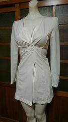 白 ワンピスーツ