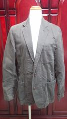 ユニクロの新品男性用の大きいサイズのジャケットです(S-20