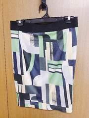 �@アンシャントマンレトロ柄? スカート サイズ40