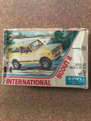 絶版 1/25 ERTL INTERNATIONAL SCOUTII  ジャンク