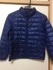 ユニクロのダウンコート、サイズ140。