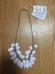 新品タグ付rienda2970円リエンダ白ホワイトネックレスアクセサリー