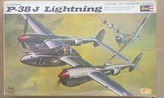 1/32 レベル アメリカ陸軍 P-38J ライトニング