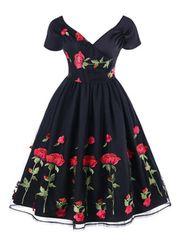 新品大きいサイズ6L 豪華薔薇刺繍パーティドレス黒