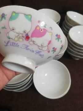 ☆激安☆可愛い猫のアニメが描かれた小さな茶碗37点セット(未使)