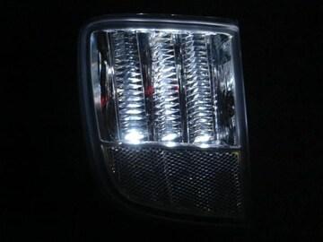 ランドクルーザー200系 LEDリアバンパーライト 白