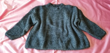 H&Mチャコールグレーふわモコ暖かゆる可愛い長袖ニットセーター