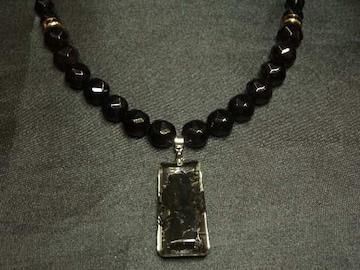 夢を叶える数珠 浮彫漆黒龍水晶プレート&ブラックスピネルネックレス