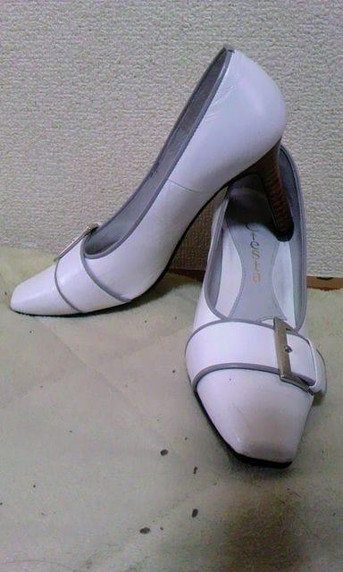 Ciesta白パンプス21.5cm日本製 < 女性ファッションの