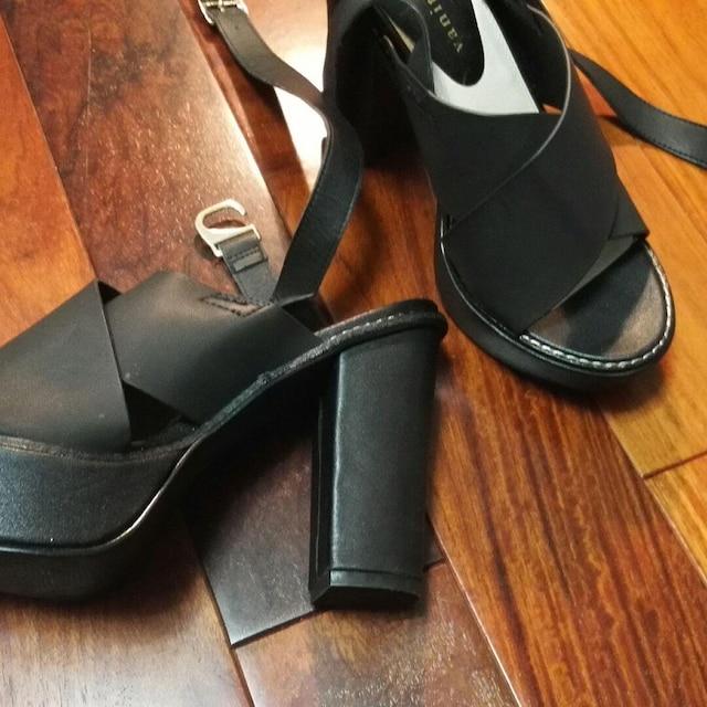 サンダル黒ベルト姫ブラックバニティービューティーオープントゥ < 女性ファッションの