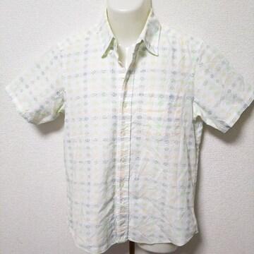 美品!TAKEO KIKUCHI(タケオ キクチ)のシャツ
