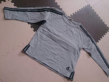 110 ElfinDollKids グレーのTシャツ