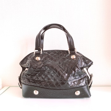 Dolce&GabbanaBLACKbagドルガバエナメルパテントハンドバッグ黒