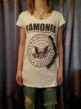 即決RAMONESリボンフリルTシャツ!パンクロックSEXPISTOLSCLASHRANCIDGBH