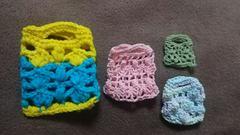 手編みのあみぐるみ、ミニバック、4点