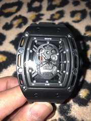 リシャール 好きに 中空スカル ブラック 腕時計