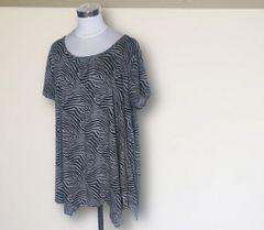 ゼブラ柄Tシャツ5L半袖大きいサイズ