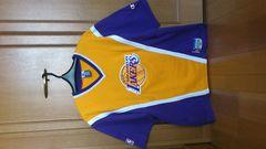 訳あり激安90%オフ、NBA公認、レイカーズ、シューティングシャツ(美品、黄紫、L)
