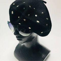 《N042》スタッズ付きデザインベレー帽♪ブラック