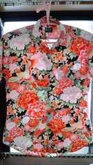 綺麗な柄のプリントシャツ 送料無料
