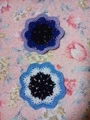 手編み三色ドイリー 青系二枚組1