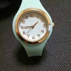 No.35 フィールドワーク 腕時計 シリコン レディース 薄グリーン