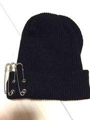 ブラック3連ピンニット帽