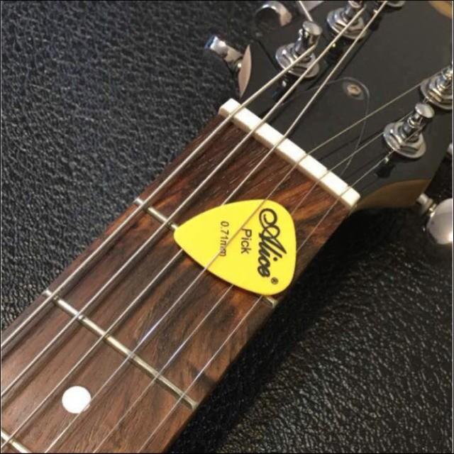 【ギター マットタイプピック14枚セット】+1枚!の15枚♪