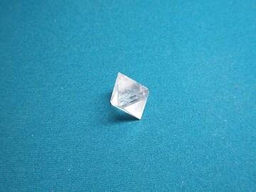 ☆天然水晶の正八面体☆ヒーリングオブジェ 20mm程