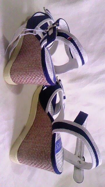 ELLE・エル〓デニムキャンバス地リボン&編みウェッジソールサンダル〓ネイビー 24~24.5cm < ブランドの