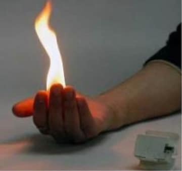 手の平から炎が出るギミック!FIRE  hand!手品