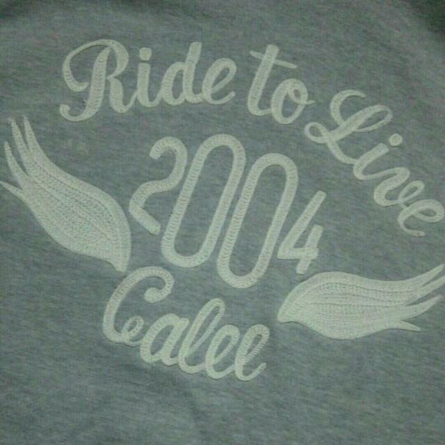キャリー CALEE ロゴ刺繍ジップアップパーカーLサイズグレーアメカジルードストリート中古 < ブランドの