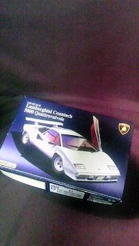 アオシマ1/24ランボルギーニ カウンタック 5000QV